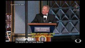 Sean Spicer triunfa en los Emmy