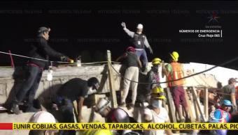 Continúan Labores Rescate Colegio Enrique Rébsamen