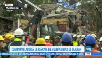 Rescatistas recuperan a dos personas con vida en derrumbe de Tlalpan