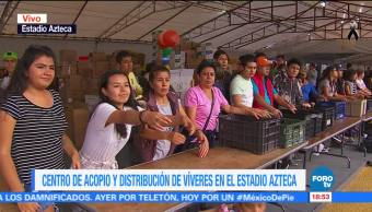 Ayuda humanitaria sigue llegando al centro de acopio del Estadio Azteca