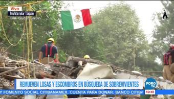 Remueven escombros en búsqueda de sobrevivientes en Tlalpan