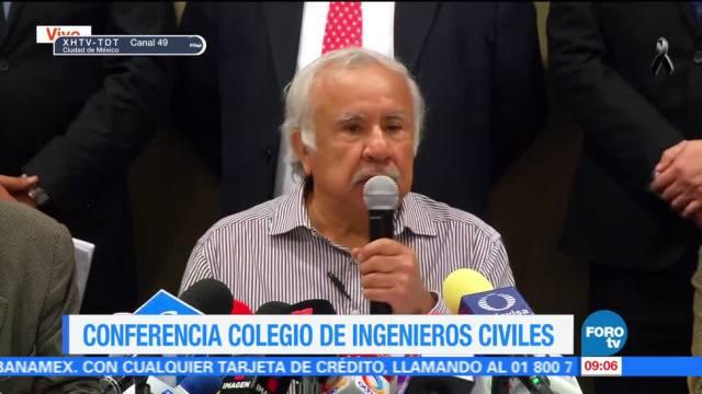 Conferencia de prensa en el Colegio de Ingenieros Civiles