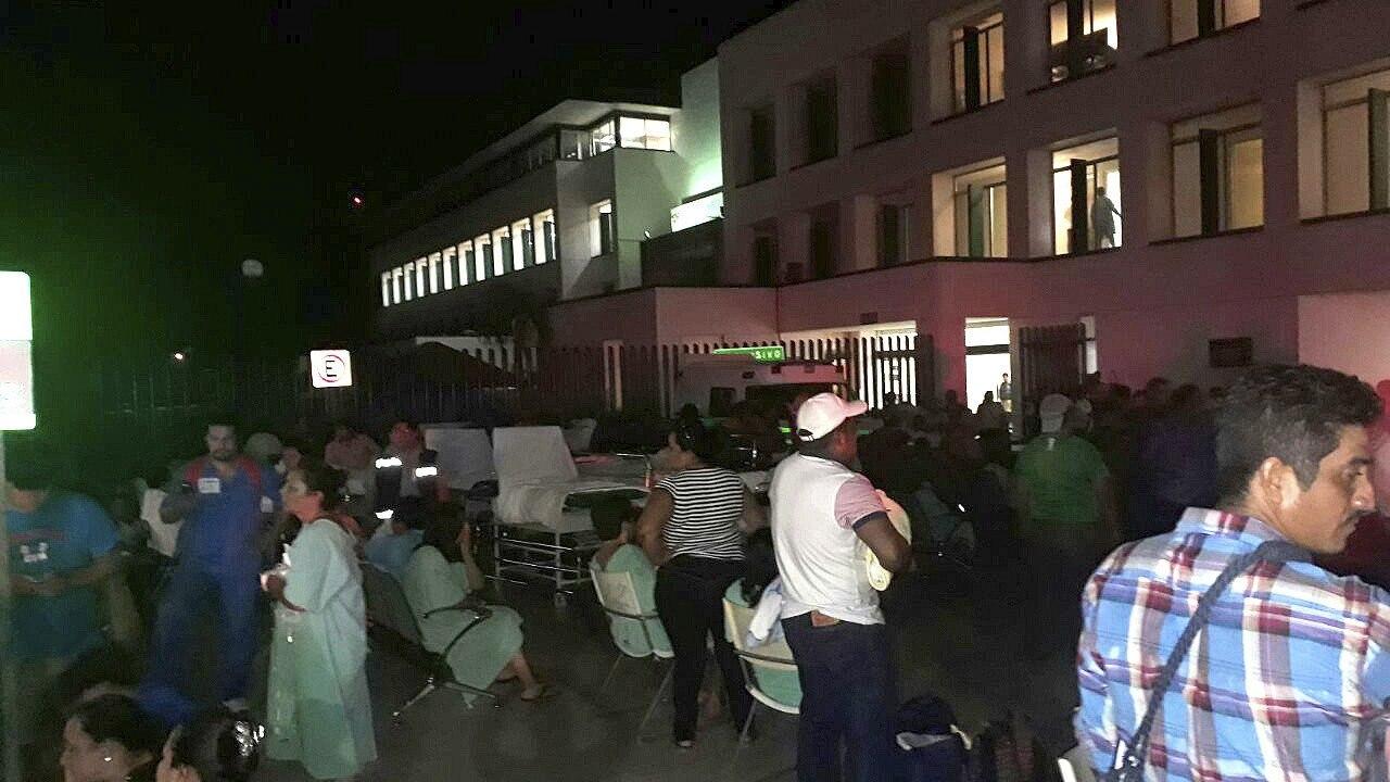 Supenden clases Ciudad de Mexico Chiapas Oaxaca sismo