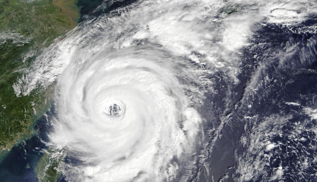Recomiendan evacuar a 640,000 japoneses tras llegada del tifón Talim
