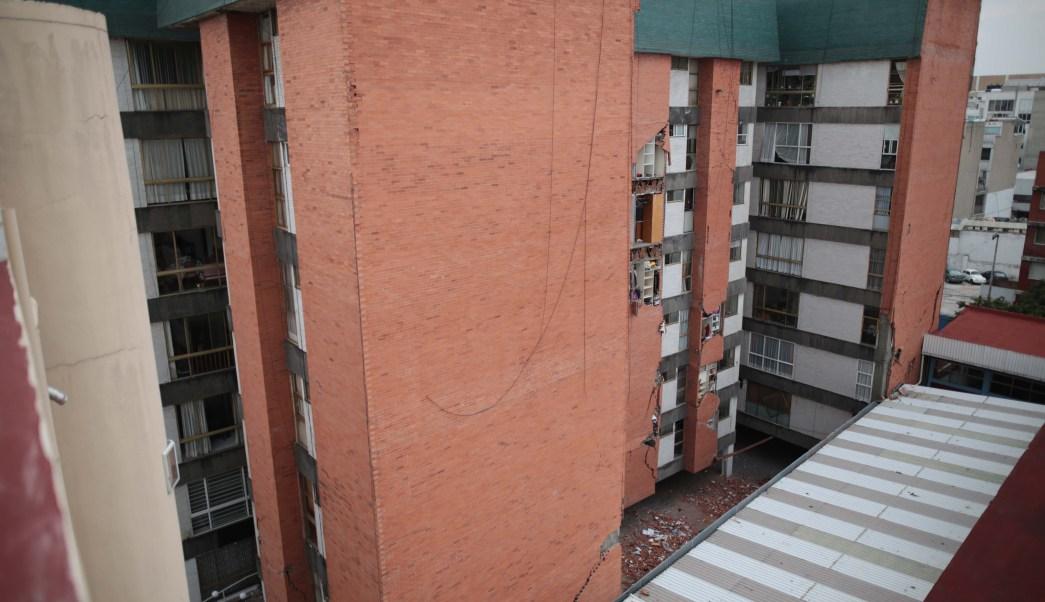 vecinos colonia roma dejan viviendas temor derrumbes