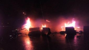 accidente multipe de traileres en mexico queretaro
