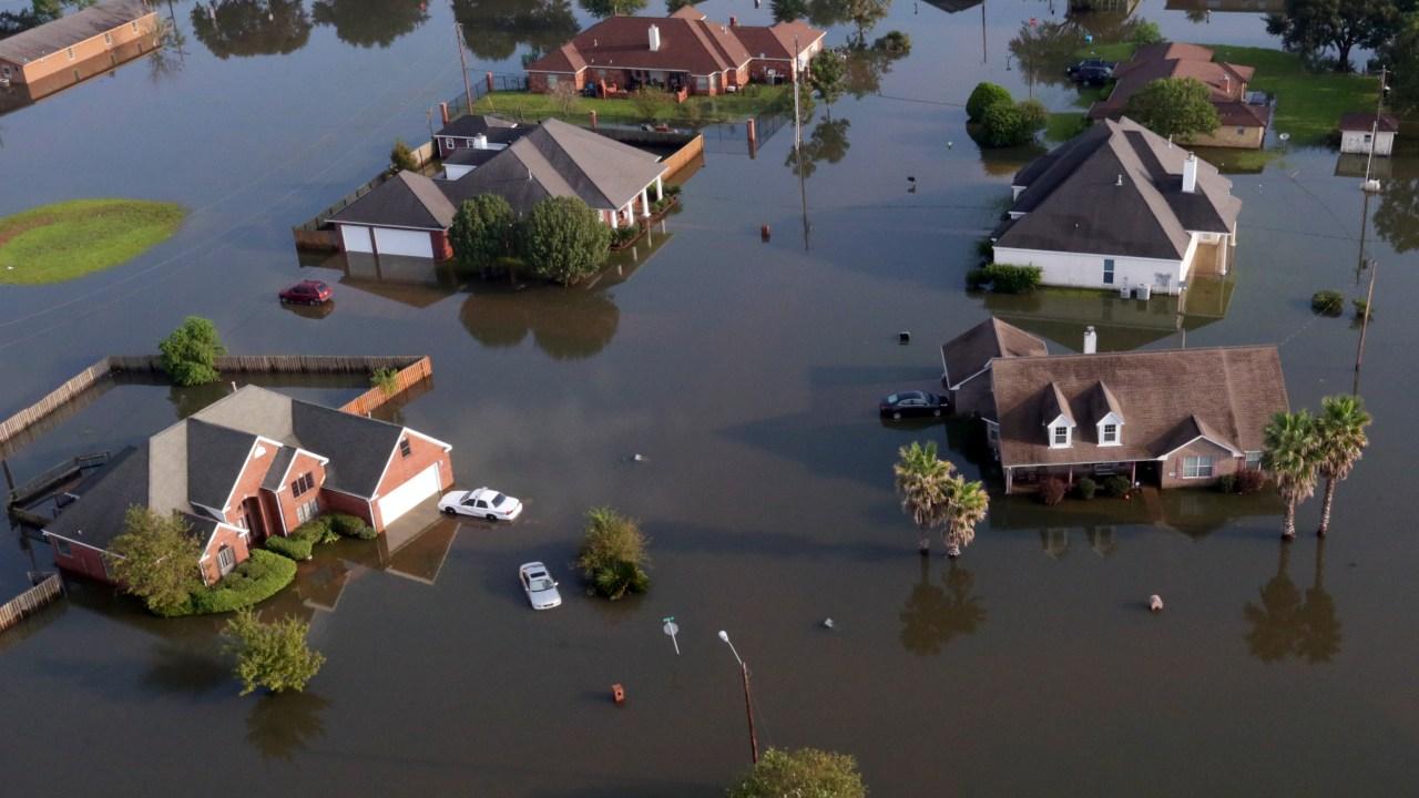 A una semana de llegada de 'Harvey', ciudades en Texas siguen inundadas