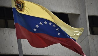 Venezuela rechaza sanciones migratorias de EU centradas a funcionarios y familiares