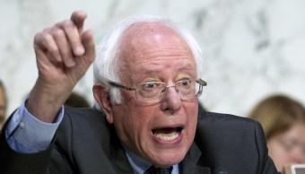 Bernie Sanders propone seguro médico universal en EU