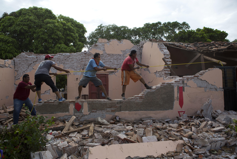 Meade garantiza Fonden recursos reconstrucción sismo