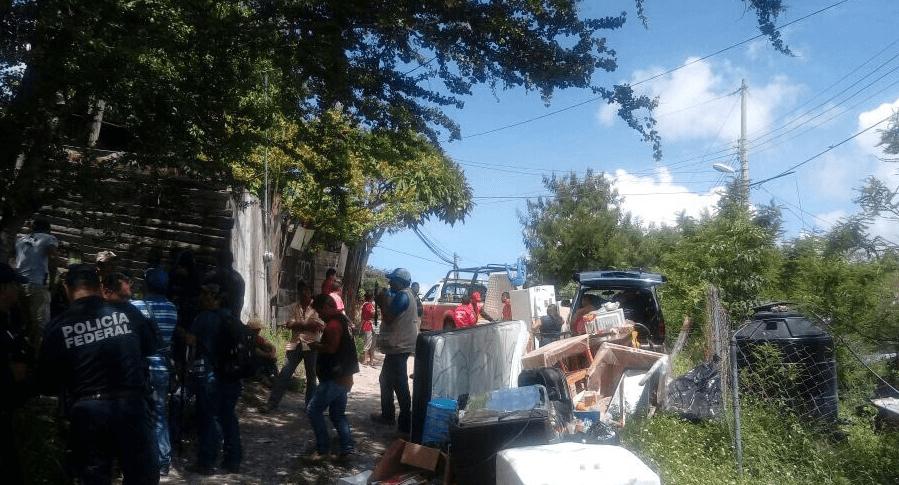 Desalojan a familias en inmediaciones de la barranca El Tule de Chilpancingo