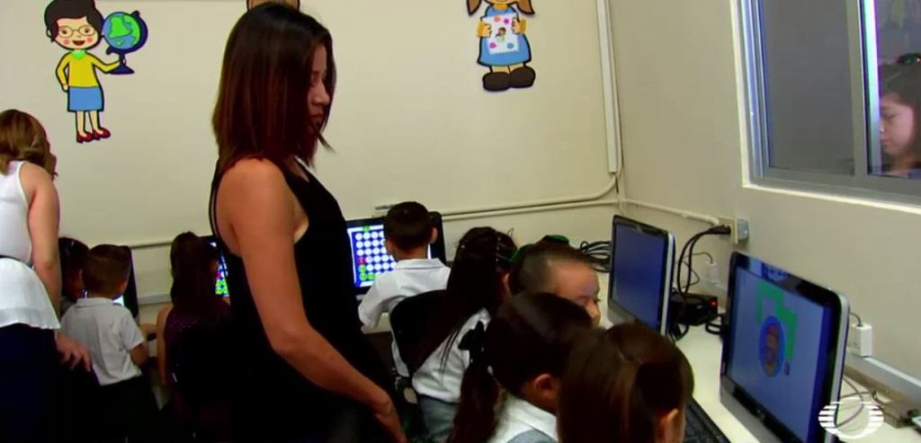 'Educacción' entrega aula de medios a jardín de niños de Hermosillo