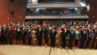 rinden protesta senado 14 embajadores y consules