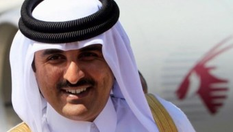 Emir Catar llama al príncipe saudí para poner fin a crisis diplomática