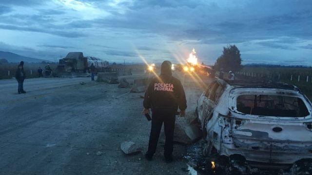 Explota pipa que transportaba gas LP en autopista Puebla-Orizaba