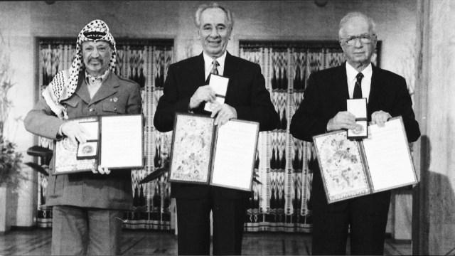 Yasser Arafat, Shimon Peres y Yitzhak Rabin