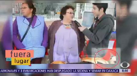 Fuera De Lugar Perrito Roba Empanada Durante Entrevista