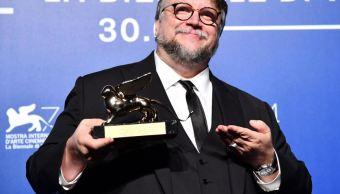 """Del Toro gana León de Oro por """"The Shape of Water"""""""