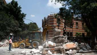 Han ubicado 7,389 escuelas dañadas por los sismos de septiembre