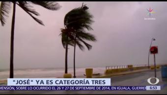 Huracán 'José' se fortalece y alcanza categoría 3 en el Atlántico