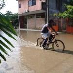 """Muertos, deslaves e inundaciones, saldo por el paso de """"Katia"""" en Veracruz"""