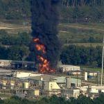 Enorme incendio consume planta quimica Arkema Crosby Texas