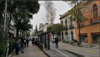 incendio en la calle ayuntamiento deja 4 intoxicados