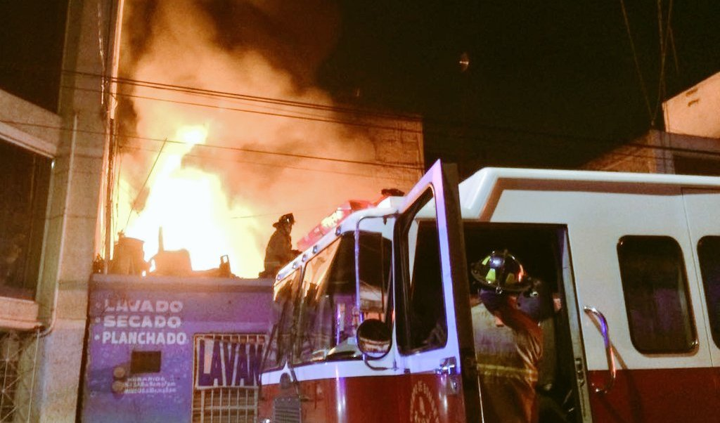 se registra incendio colonia pensador mexicano