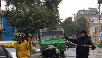muere mujer asalto iztapalapa transporte homicidio