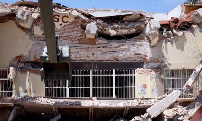 Damnificados por sismo de Juchitán, Oaxaca, buscan refugio en Chiapas