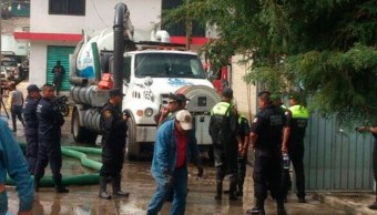 fisura canal churubusco provoca inundacion nezahualcoyotl