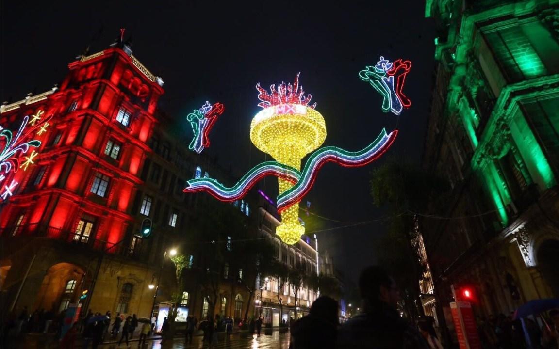 miles de luces alumbran calles de la cdmx