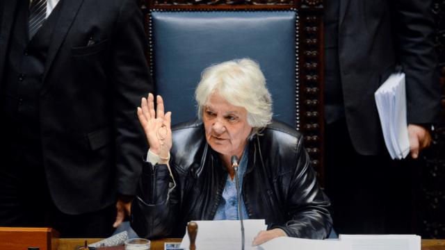 Lucía Topolansky se convierte en la nueva vicepresidenta de Uruguay