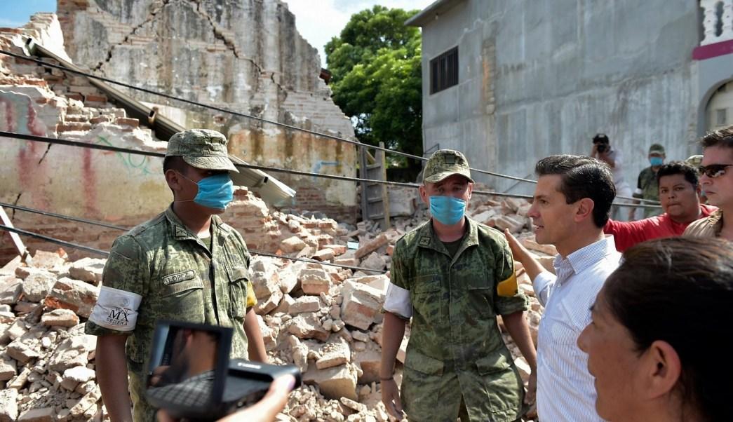 EPN recorre zonas afectadas por sismo en Tonalá Chiapas