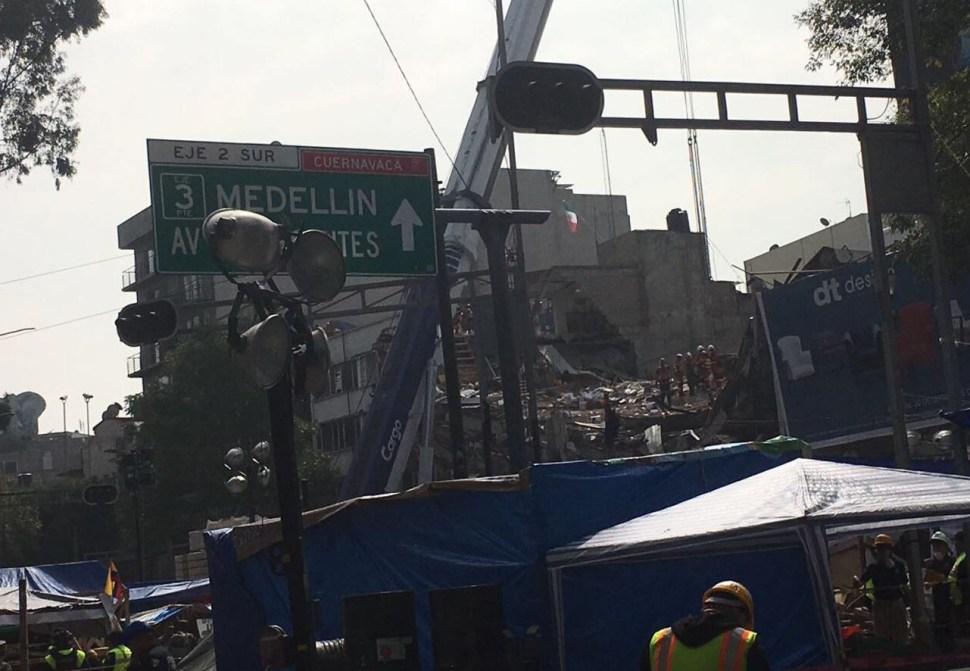 Se derrumba edificio de Álvaro Obregón 286 por sismo del pasado 19 de septiembre