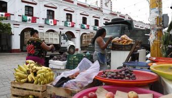 Desalojan mercado de Salina Cruz, Oaxaca, por daños tras sismo