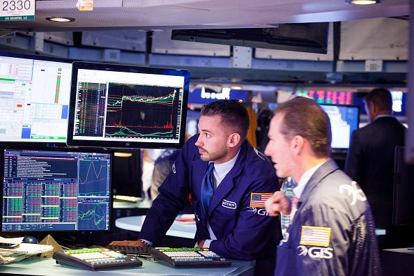 Wall Street abre con fuertes ganancias a pesar de Irma