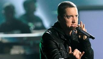 Eminem le llama 'abuelo racista' a Trump durante los premios BET Hip-Hop
