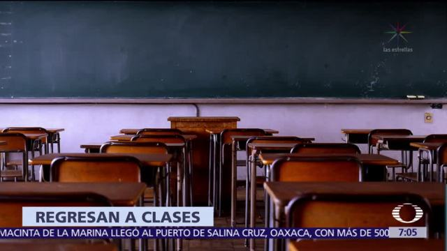 Regresan a clases 488 escuelas de la CDMX este 4 de octubre