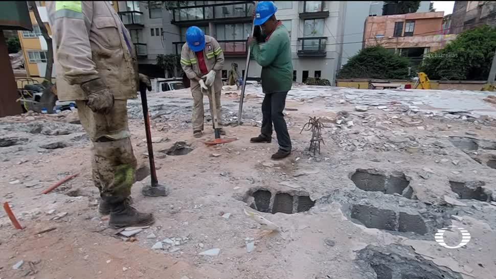 Inicia demolición de edificio en la colonia del Valle