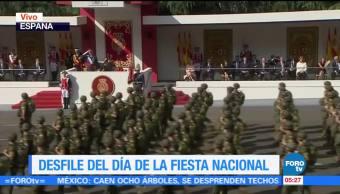 Desfile por la fiesta nacional en Madrid, España