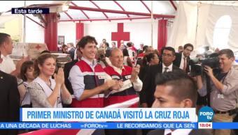 Trudeau empaca despensas para damnificados en Cruz Roja de Polanco