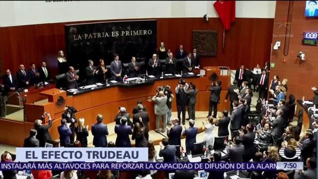 Senadores buscan selfies con Justin Trudeau