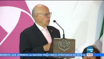 José Narro preside 'Guantes Rosas', feria para prevenir el cáncer de mama