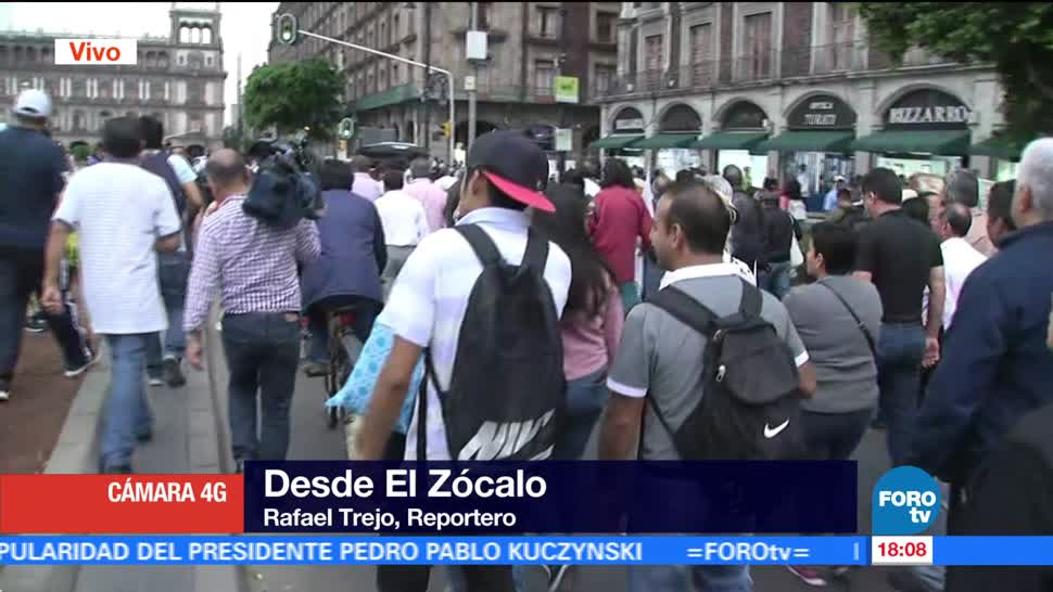 Marchan hacia el Zócalo damnificados del 19S