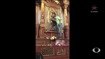 Mujer ataca imagen de la virgen en Tampico