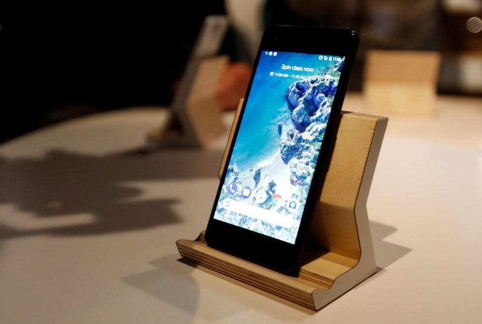 Google presenta sus teléfonos móviles Google Pixel 2 y Google Pixel 2 XL