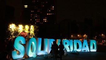 Noche de Velas en memoria de víctimas de los sismos de septiembre México