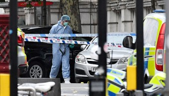 Policía de Londres descarta acto terrorista incidente con auto cerca de museo