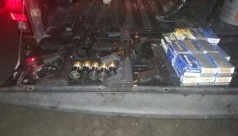 Armas y cartuchos útiles decomisados en Ameca, Jalisco